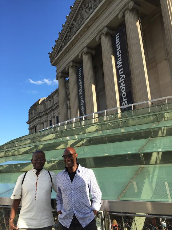 Marcher New-York : architecture et aventures humaines